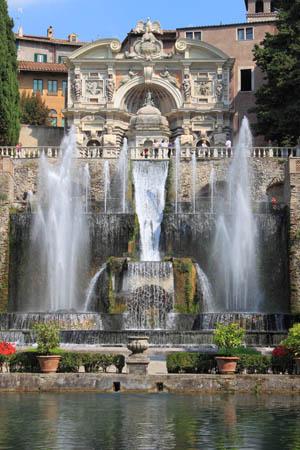 Neptune Fountain in Villa d'Este
